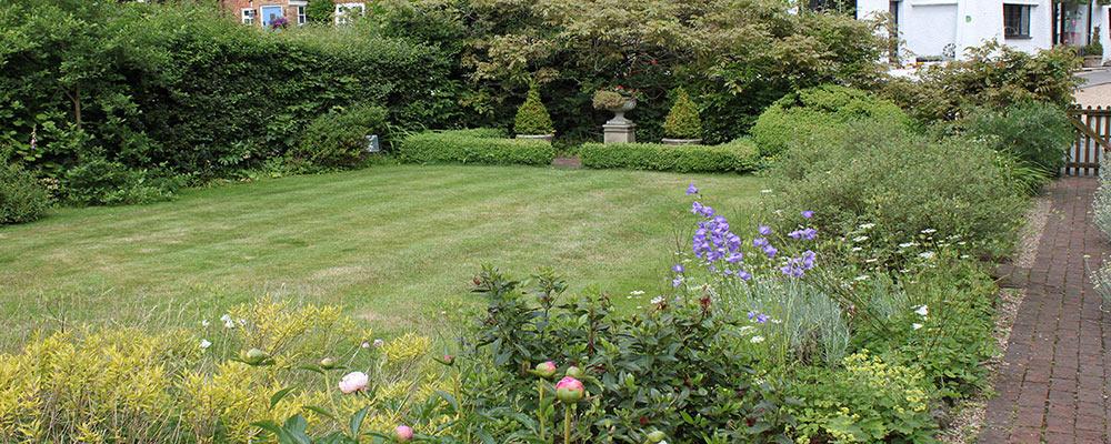 Grade II Cottage Garden
